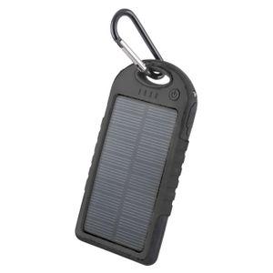 Forever STB-200 Aurinkokenno Power Bank vara-akku taskulampulla - 5000 mAh - Musta
