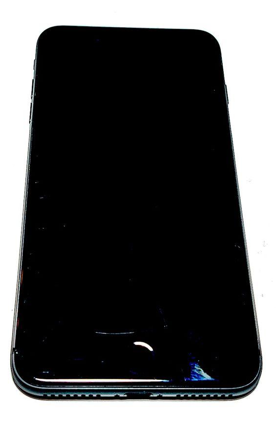 Apple iPhone 8 Plus 64GB Space Grey / Harmaa - Käytetty